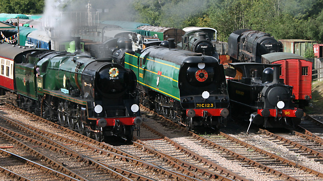 Bulleid Society Locos at Horsted Keynes